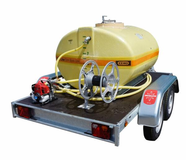 Cuve PFV ovale équipée sur remorque routière 1 000 litresversion thermique