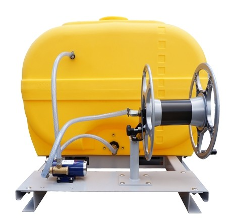 Cuve PE coffre équipée sur plateau 2 000 litres version électrique