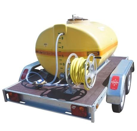 Cuve PFV ovale équipée sur remorque routière 1 500 litres version électrique